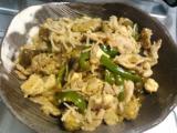 ナスと豆腐のピリ辛中華炒め、チキンステーキのポテトサラダ、〆サバ、煮物の残りのゴボウ