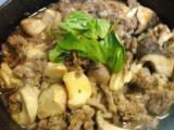 白身魚のムニエル、生ハムのサラダ、豚肉とキノコのグリル