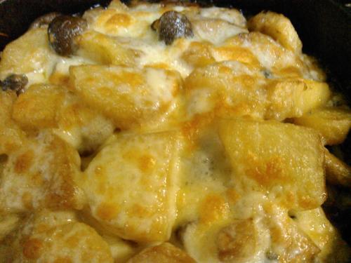 ジャガイモのとしめじのチーズグリル