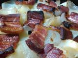 味噌豚、ハムのサラダ、ベーコンとジャガイモのグリル、だご汁、3種盛